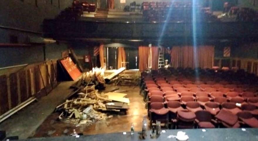 Teatros en Crisis