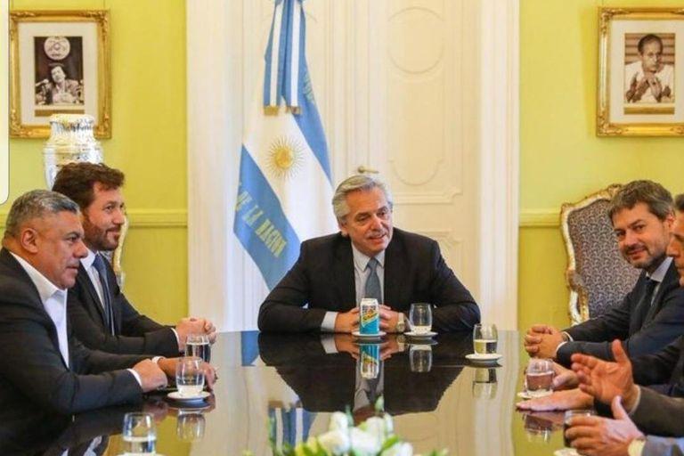Alberto Fernández, reunido con el presidente de la Conmebol