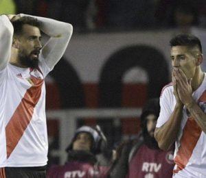 En un encuentro con polémicas, River y Cruzeiro no pasaron del cero
