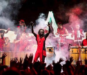 Murió el percusionista senegalés Cheikh Gueye de La Bomba de Tiempo