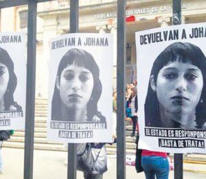 La mamá de Johana Ramallo entierra a su hija y promete dar pelea