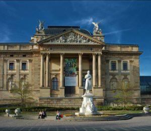 La Ópera de Wisbaden, el primer teatro que se abre al público en el mundo