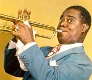 Louis Armstrong- ese vibrante trompetista