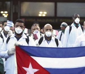 Duras críticas a los médicos cubanos de la dictadura Castrista