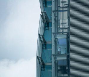 ¿Cuándo en necesario modernizar un ascensor?